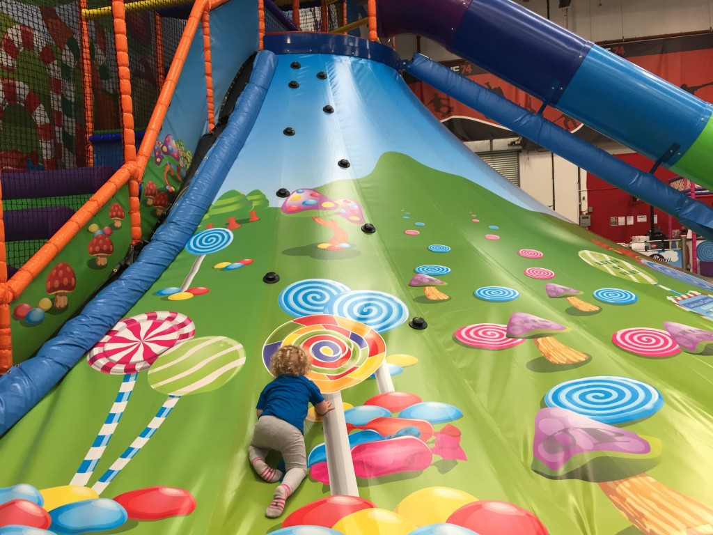 lollipop-land-soft-play-east-kilbride-volcano-slide