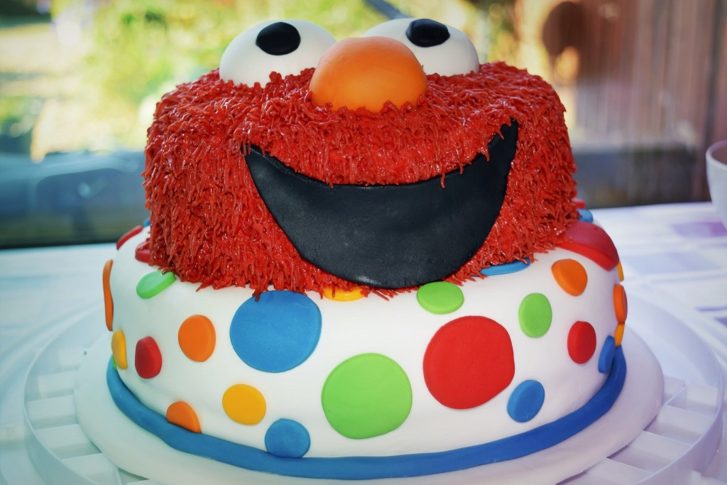 Diy Elmo Second Birthday Cake Glasgow With Kids