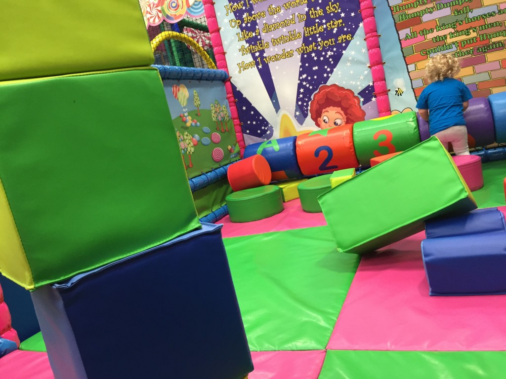 lollipop-land-soft-play-east-kilbride-baby-area