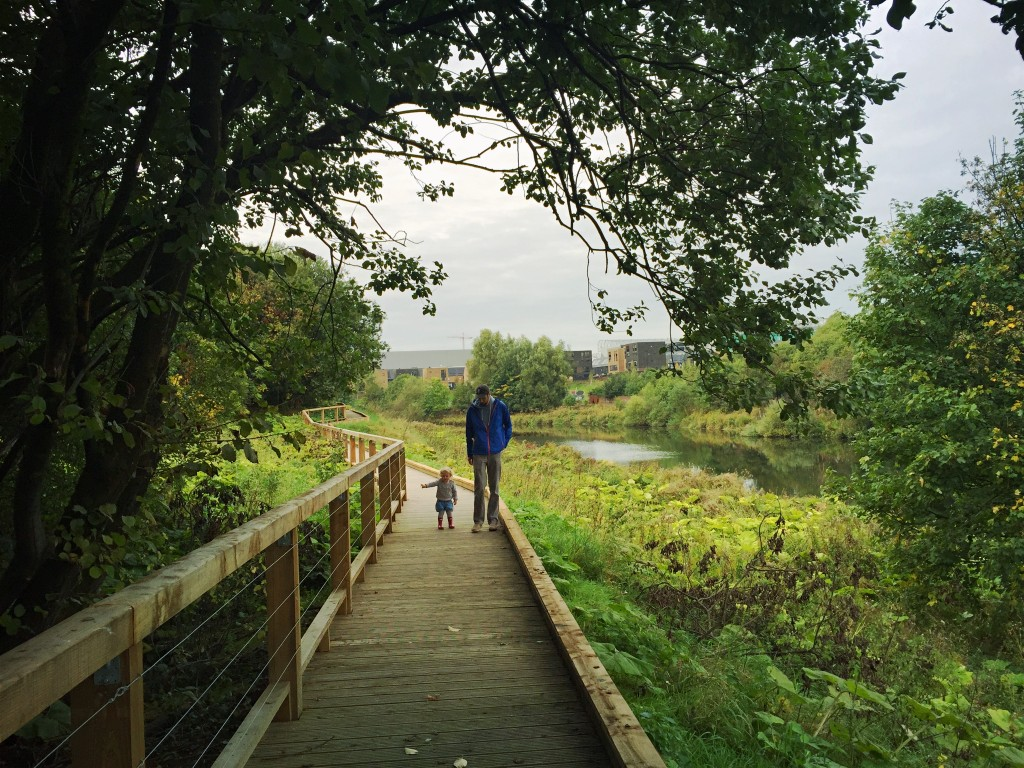 cuningar-loop-river-boardwalk