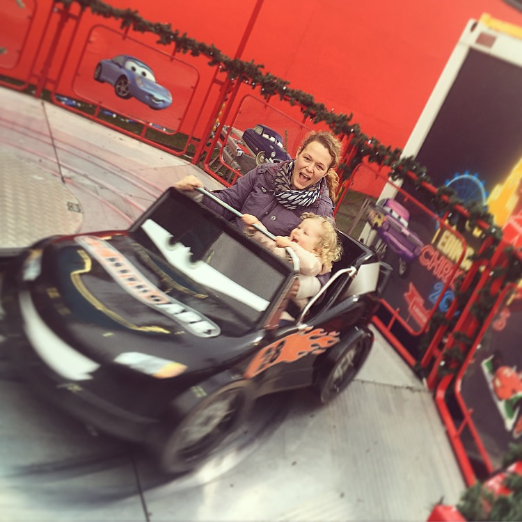 edinburgh-christmas-festival-with-a-toddler