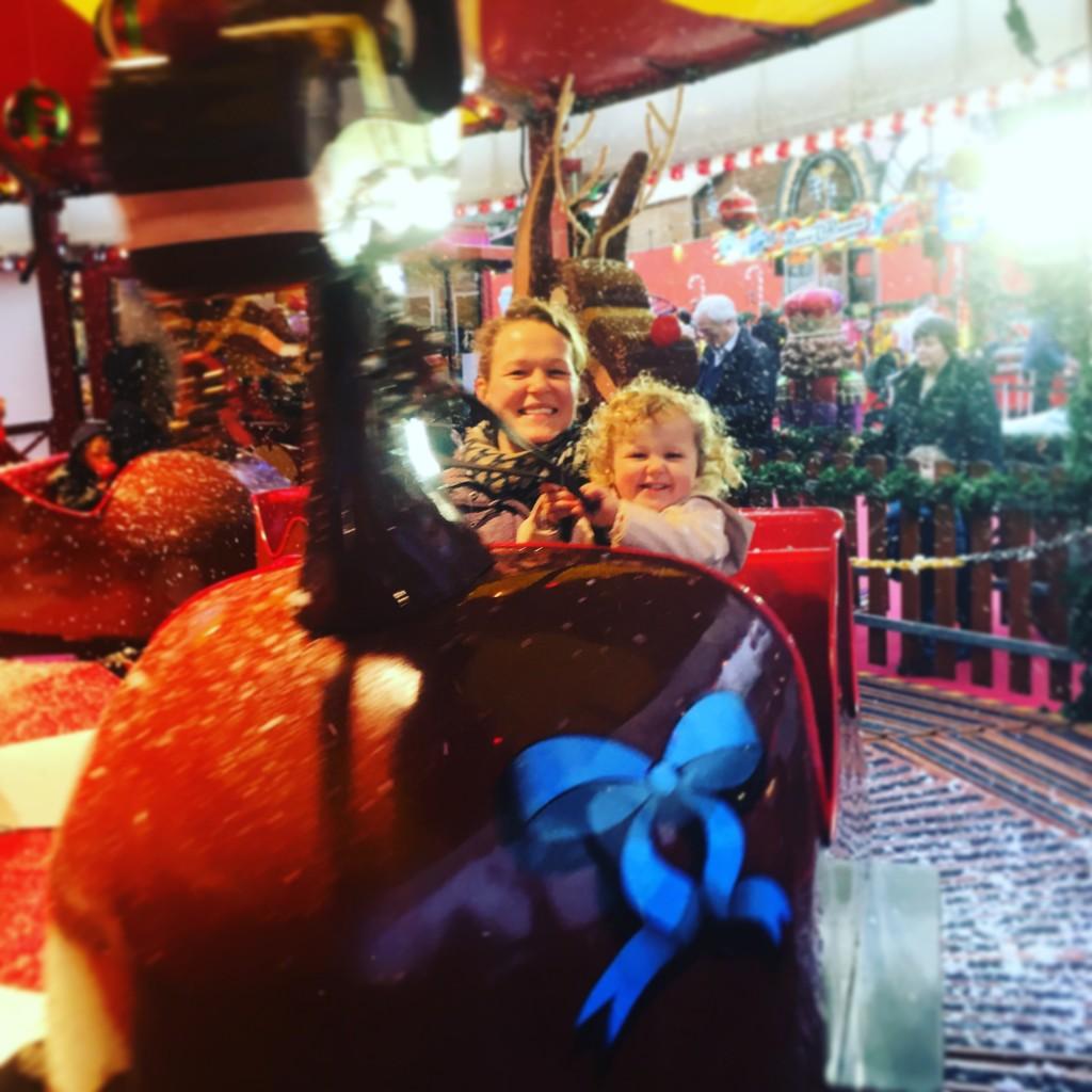 edinburgh-christmas-festival-with-toddler