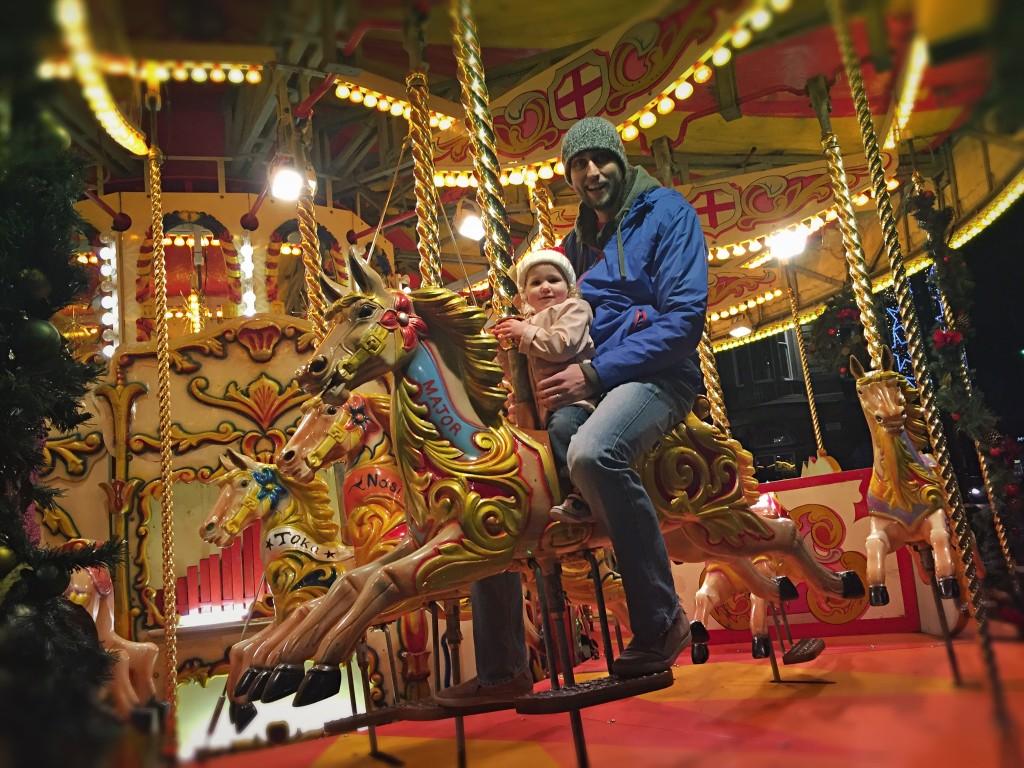 george-square-carousel-christmas