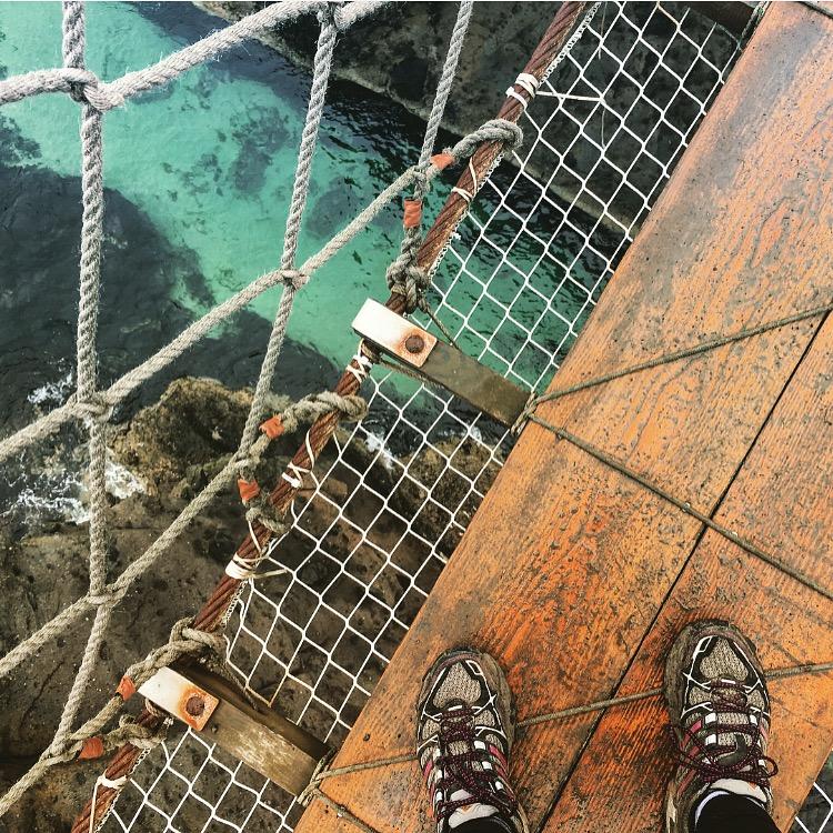 babymoon-causeway-coast-carrick-a-rede-ropebridge