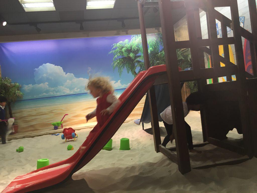 glasgow-indoor-beach-slide-into-sandpit