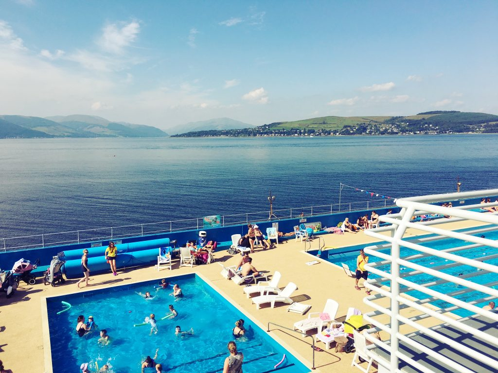 gourock-outdoor-pool-daytrips-glasgow